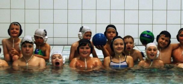 Neue Mini-Wasserball-Mannschaft