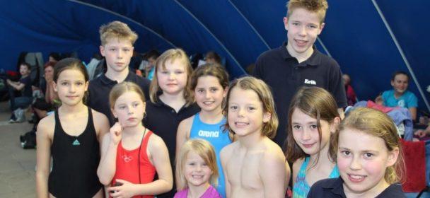 Fördergruppe beim 24. Weinstraßen-Schwimmwettkampf